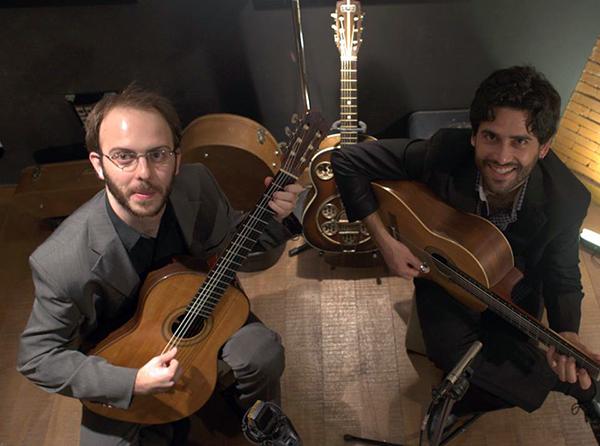 Duo Rafael e Guilherme — Violonistas se apresentam na ADunicamp — ADunicamp