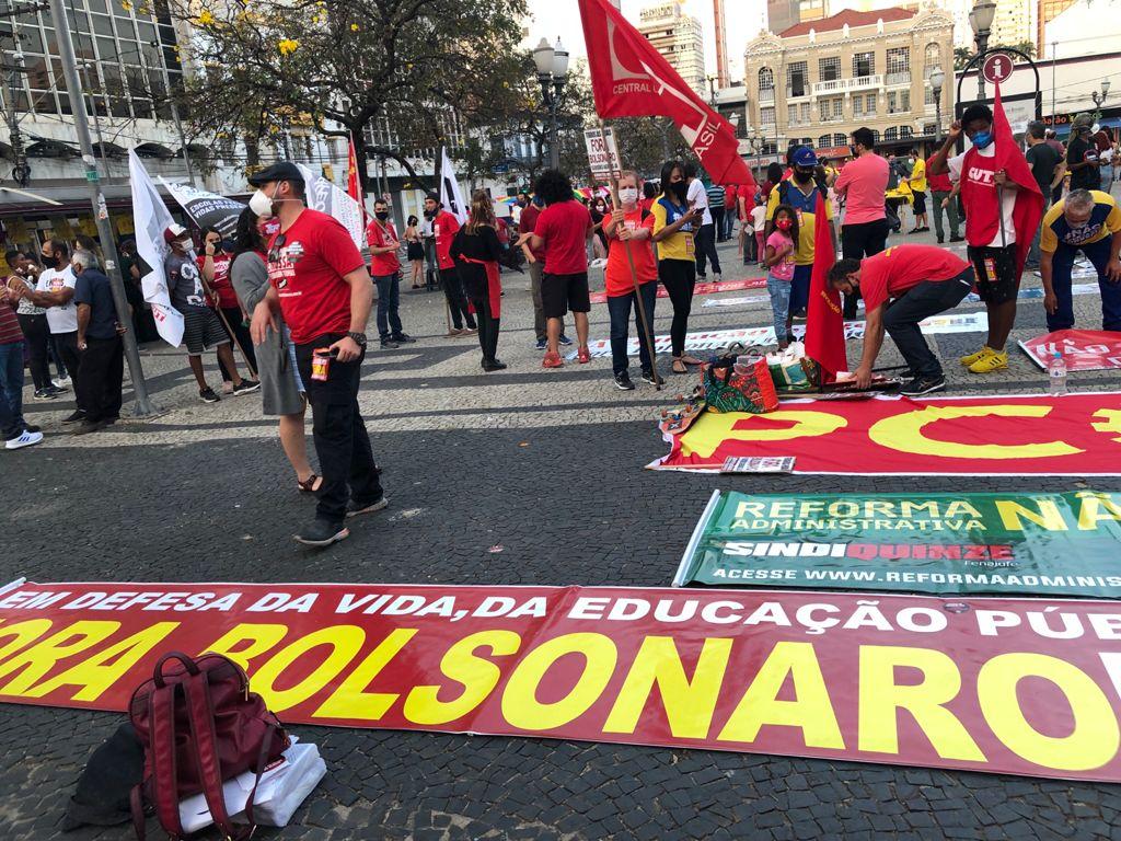 218 1 — Especial 18 de Agosto: milhares ocupam as ruas e ADunicamp também vai a atos contra Reforma Administrativa — ADunicamp